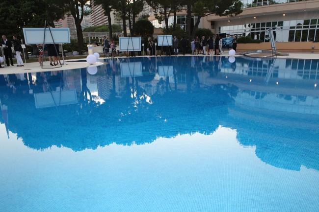 Vernissage Monaco Faces Underwater by Gaby Fey