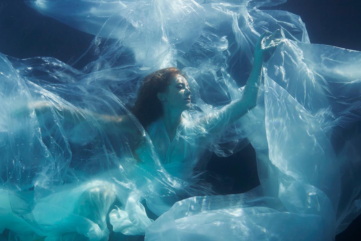 «Eurydice II»   120cm x 80cm   © Gaby Fey