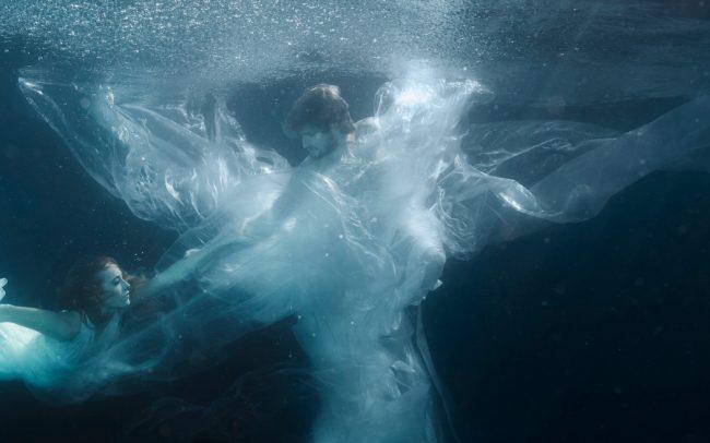 «Eurydice & Orpheus» | 160cm x 75cm | © Gaby Fey